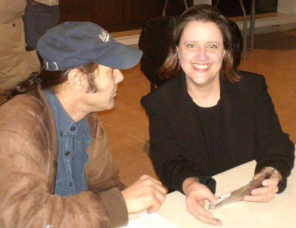 Getting Malcolm Holcombe's autograph after a concert at the Knoxville Museum of Art.