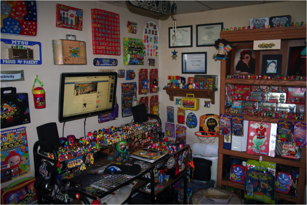 The Grannelle Collection, one of the largest collections of Gogo's Crazy Bones in the world.