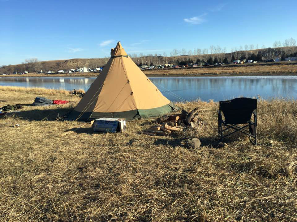 Runge's tent at Standing Rock.